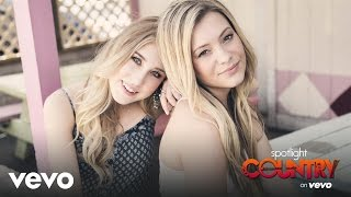 Spotlight Country – Maddie & Tae Fans Can Win a Chance to Meet Them! (Spotlight Country)