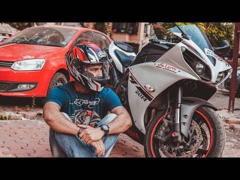 download Sports Bike Yamaha R1 Mileage, Service Cost, Price in India