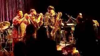 Live Tower of Power ~ Still Diggin