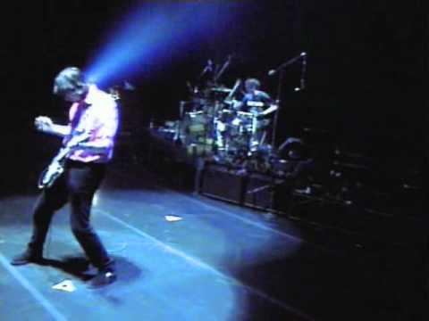R.E.M. - Undertow / The Wake-Up Bomb (Road Movie '95)