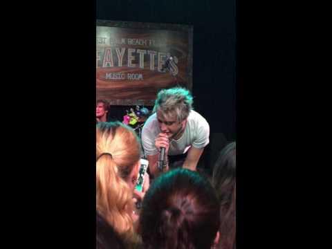 Dalton Rapattoni - Let's Go Crazy (Live)