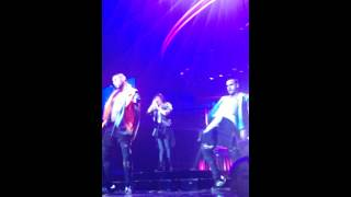 Neon Lights - Demi Lovato (Front Row) in Pittsburgh, PA on Demi Lovato World Tour