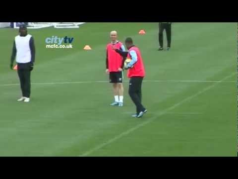 SKILL Robinho in training for Manchester City