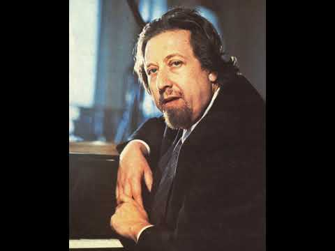 Lazar Berman - 2 Chopin Etudes: Op. 25 - Nos 7 & 1 (live 1960)