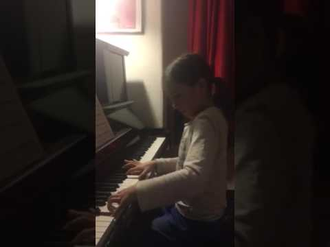 Klara Khomskii, 8 years old - Bach prelude in c moll