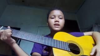 Anak kecil kelas 7 smp jago bernyanyi despacito dengan gitar