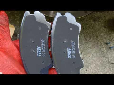 OPEL ZAFIRA TOURER (C) Замена передних тормозных колодок