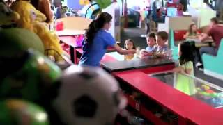 chuck e  cheese 39 s say cheese it 39 s funner music video