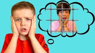 Дети и папа  - Андрей хочет играть Ваня мешает
