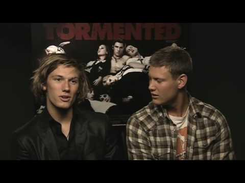 TORMENTED EXCLUSIVE INTERVIEW - Alex Pettyfer & Tom Hopper !
