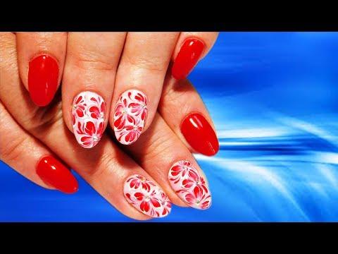 Ногти с цветами красные