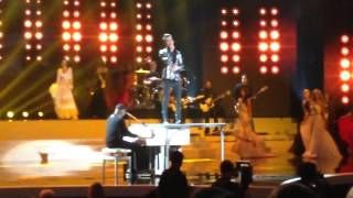 "Brendon Urie Aerosmith cover ""Dream on"" live @Miss Universe"