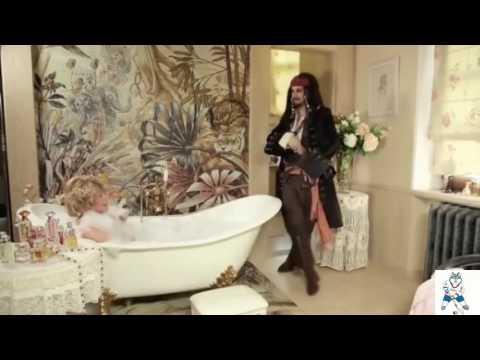 Алла Пугачёва снялась голой в ванной ради шоу