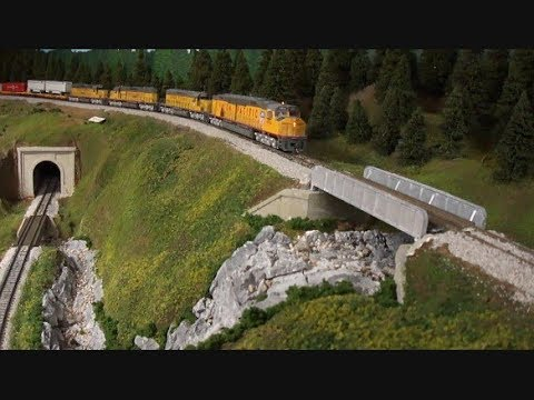 MICHEL BONIN: PART 1: UNION PACIFIC IN THE BLUE MOUNTAINS