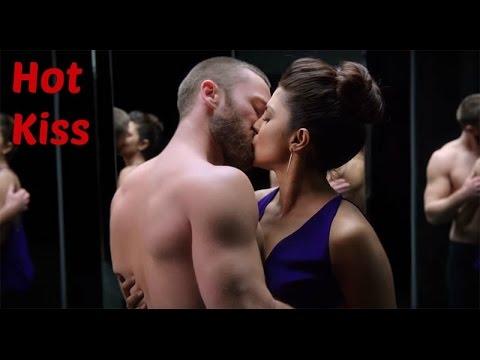 Priyanka Chopra hot kissing scenes    Bollywood Kisser