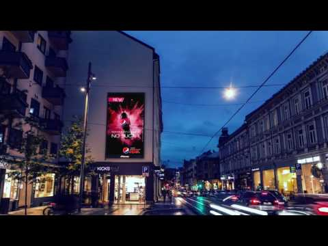 Giant screen in shopping street Oslo | JCDecaux Norway
