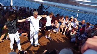 Sirtaki dance lesson