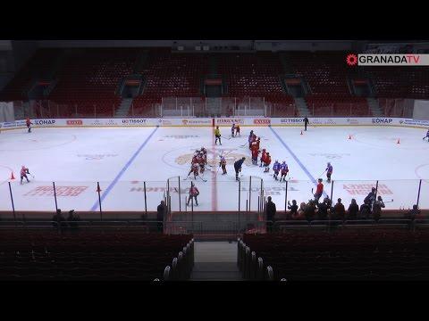 Юные хоккеисты вышли на большой лед «Трактора»