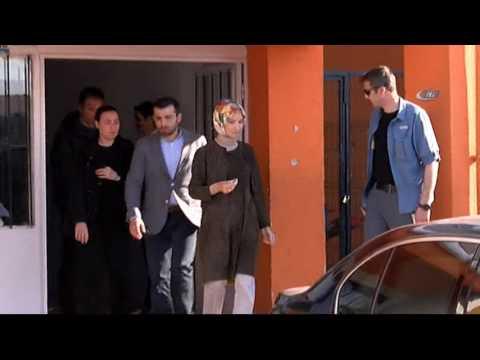 Cumhurbaşkanı Erdoğan'ın Kızı Ve Damadı Oy Kullandı