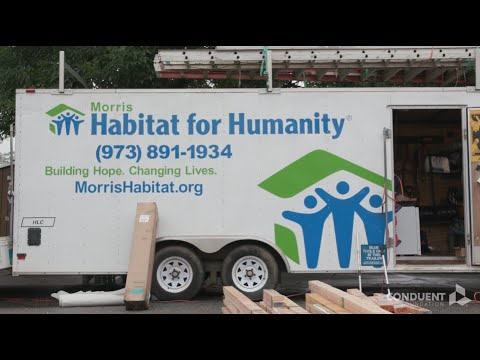 Conduent Volunteers for Habitat for Humanity