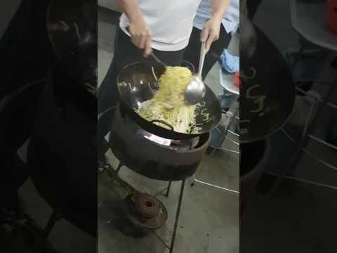 Vegetarian fried noodles (hokkien mee) 福建面 素斋炒面