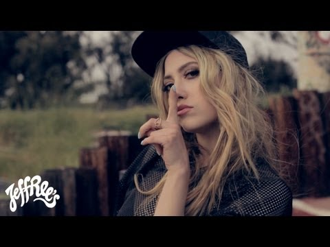 LIZ - Hush [Official Music Video]