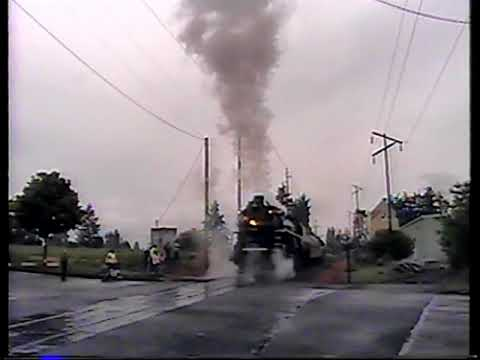 SP&S 4-8-4 #700 leaves Salem, Oregon with lots of whistle action May, 2005