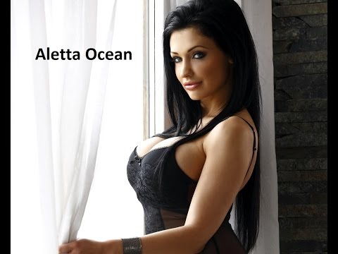 Aletta Ocean engaged in boxing with her personal trainer