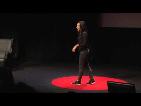 La force de la mobilisation citoyenne et du consommateur | Nayla Ajaltouni | TEDxLaRochelle
