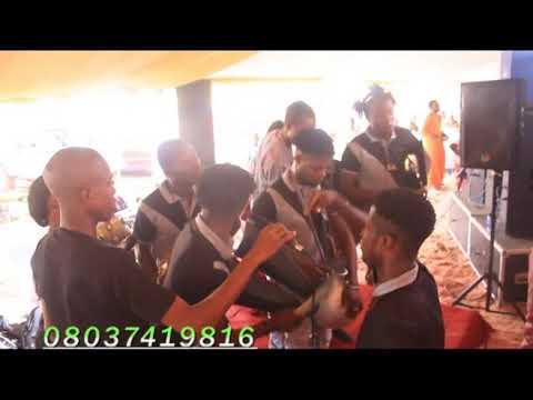 Ogene hip hop at a function