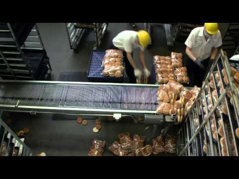 Undercover Boss - Fatburger S4 EP12 (U.S. TV Series)