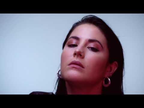 Смотреть клип Molly Sandén - Dom Ska Veta