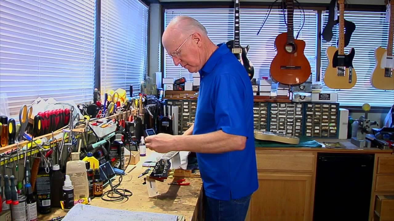 Guitar Store Lexington Ky : bob willcutt of willcutt guitars lexington ky guitar shop youtube ~ Hamham.info Haus und Dekorationen