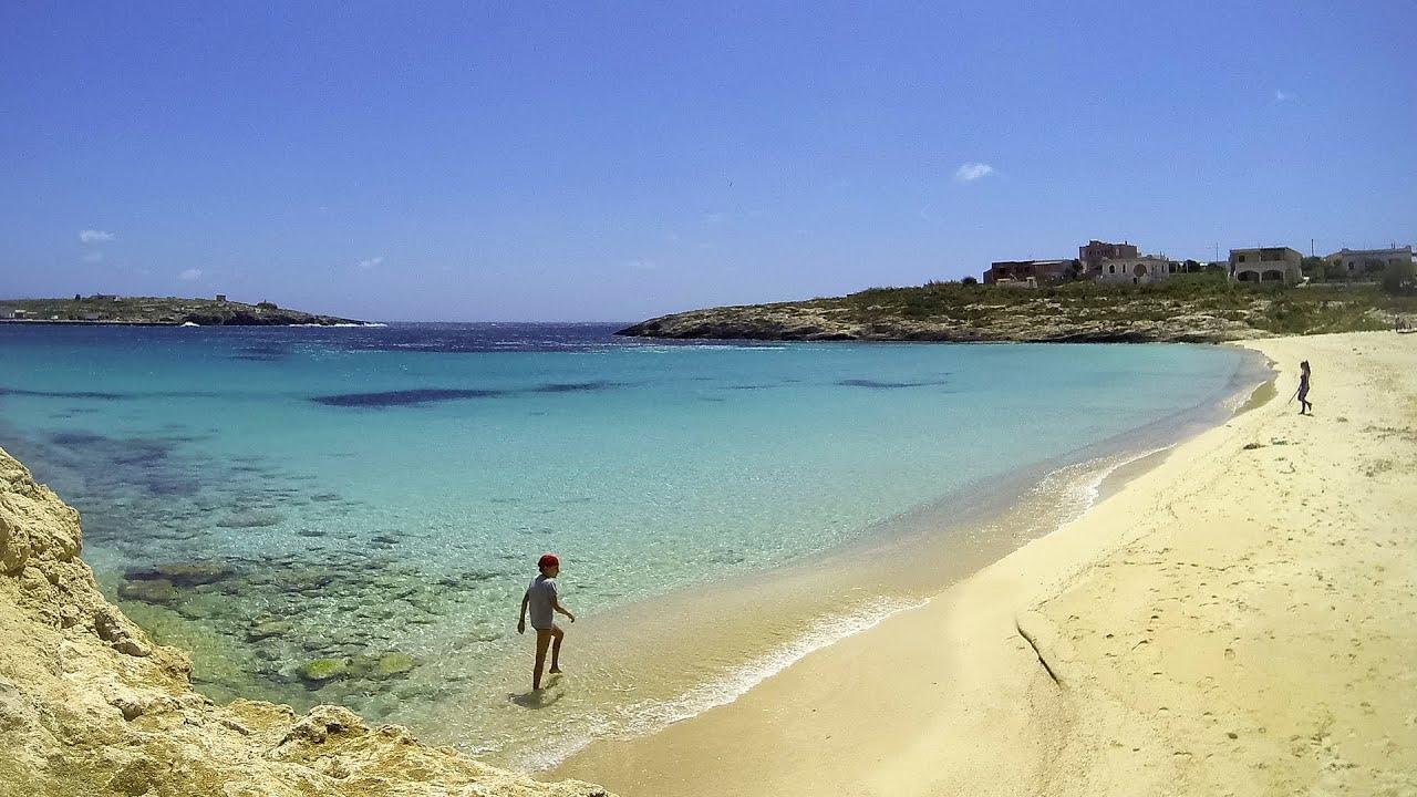Matrimonio Spiaggia Lampedusa : Aprile a lampedusa spiaggia della guitgia youtube