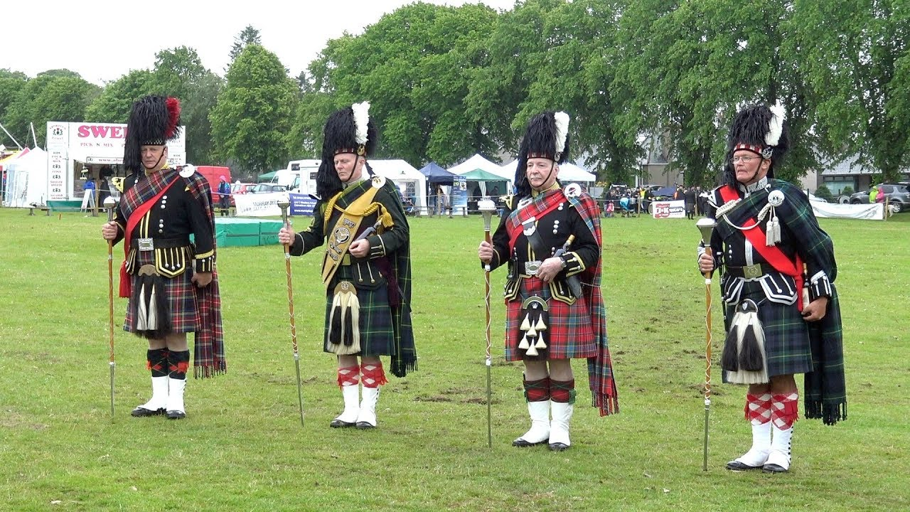 Drum Majors Mace O'er the Banner challenge at Oldmeldrum Sports & Highland  Games 2018