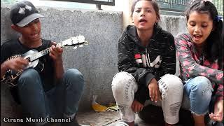 Sebuah Penyesalan - Pengamen Anak Jalanan Gadis Cantik
