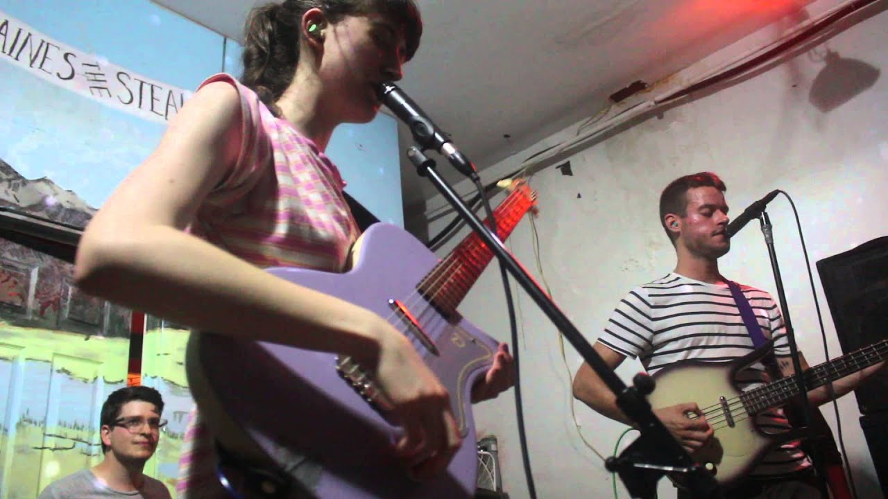 frankie-cosmos-is-it-possible-sleep-song-live-at-dbts-heartbreaking-bravery