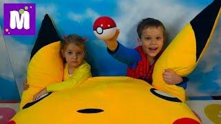 Покемон Go Челлендж на машинах Мальчики против девочек Игрушки Pokemon из МакДональдс