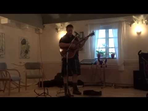 Andrew Gordon sing  Wild Mountain Thyme