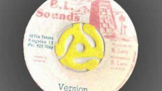 Barrington Levy - Deep in the Dark - Extended with version - BL Sounds