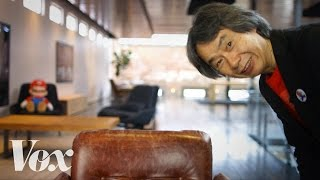 How the inventor of Mario designs a game(Shigeru Miyamoto's design philosophy, explained. Subscribe to our channel! http://goo.gl/0bsAjO Vox.com is a news website that helps you cut through the ..., 2017-01-12T13:00:17.000Z)