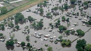 видео В Баварии пять человек погибли из-за наводнений