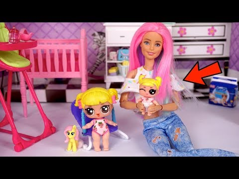 Barbie Doll LOL Family Baby Goldie gets a NEW Lil Sister!  Bedtime Routine!