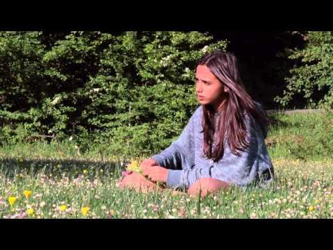 Mi lugar en el mundo [My Place in the World] - trailer 3