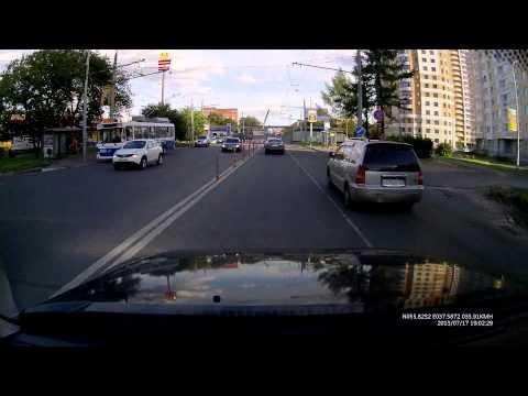 Автомобильный видеорегистратор TrendVision TV-103 в корпусе зеркала заднего вида