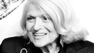 Edie Windsor: Gay rights trailblazer dies aged 88