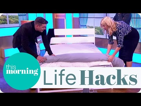 Life Hacks - The Easy Way To Change A Duvet
