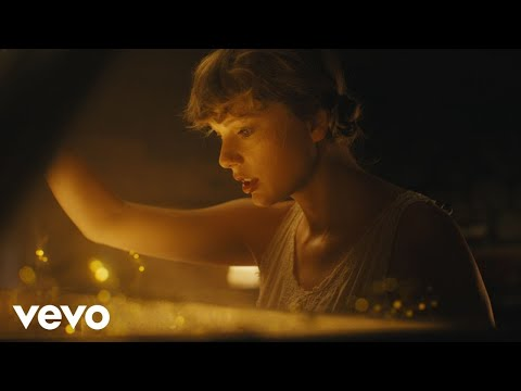 "Taylor Swift Releases New Album, 'folklore' & ""Cardigan"" Video"