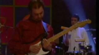 RUNRIG - NICKY CAMPBELL TV SHOW - DANCING FLOOR LIVE!
