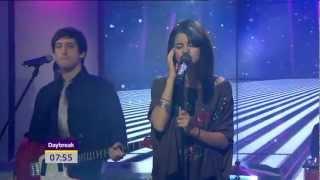 Selena Gomez The Scene Love You Like A Love Song live on Daybreak.mp3